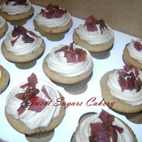 Maple Bacon Cupcakes Topped With Maple Buttercream Frosting And Crumbled Bacon Maple-Bacon cupcakes!!! Topped with Maple buttercream frosting and Crumbled bacon.