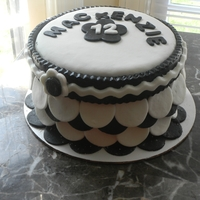 6 Inch Black And White Cake 6 inch round chocolate cake with vanilla buttercream and vanilla and choc fondant