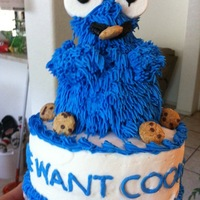Cookie Monster Cake   Chocolate cake with buttercream icing