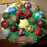 "This Was An Ornament Wreath Cupcake Cake I Made For Christmas I Have Been Wanting To Try Making One And Thought It Would Be Cute To Make  This was an ""ornament"" wreath cupcake cake I made for Christmas! I have been wanting to try making one and thought it would be..."