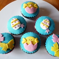 Cutie Easter Cupcakes Easter cupcakes with chicks, Butterflies and easter eggs - yummy!Decorated with sugarpaste