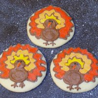 Fall Cutouts Cutouts are a pumpkin spice recipe. Turkeys are buttercream. Others are a combination of buttercream and quick pour fondant.