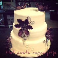 Wedding Cake White Purple   Wedding cake (white - purple)