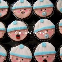 Baby Shower *Chocolate filled with chocolate, details made of royail icing.