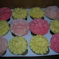 Pretty Flower Cupcakes!