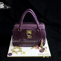 This Is My Favorite Designer Bag Cake As Of Date The Hours I Spent On The Details Were Super Crazyi Tried Taking Close Ups Of All The Det This is my favorite designer bag cake as of date!! The hours I spent on the details were super crazy…I tried taking close ups of...