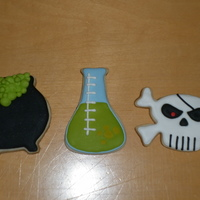 I Forgot To Add This Earlier I Made Some Sugar Cookies With Flood Royal Icing For Sons Class For Halloween The Images Are From The Cardbo I forgot to add this earlier. I made some sugar cookies with flood royal icing for son's class for Halloween. The images are from the...