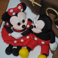 Mickey & Minnie Mouse Suitcase! Made for a lady who was surprising her partner with a trip to Disneyland Paris....the cake said it all