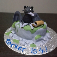 Toothless How To Train Your Dragon 4th birthday cake for my son Parker. Toothless from How to train your Dragon.