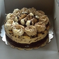 Cannoli Cheese Cannoli Cheesecake with Brownie Layer