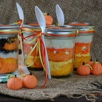 Candy Corn Jar Cakes