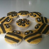 Bee Cakes cupcakes with bc and fondant.