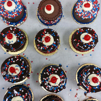 Memorial Day!   baby (cup) cakes