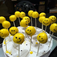 Smiley Faces Cake Pops