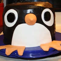 Penguin Cake   got this idea for a birthday cake for my niece from the internet. Fun cake to make!