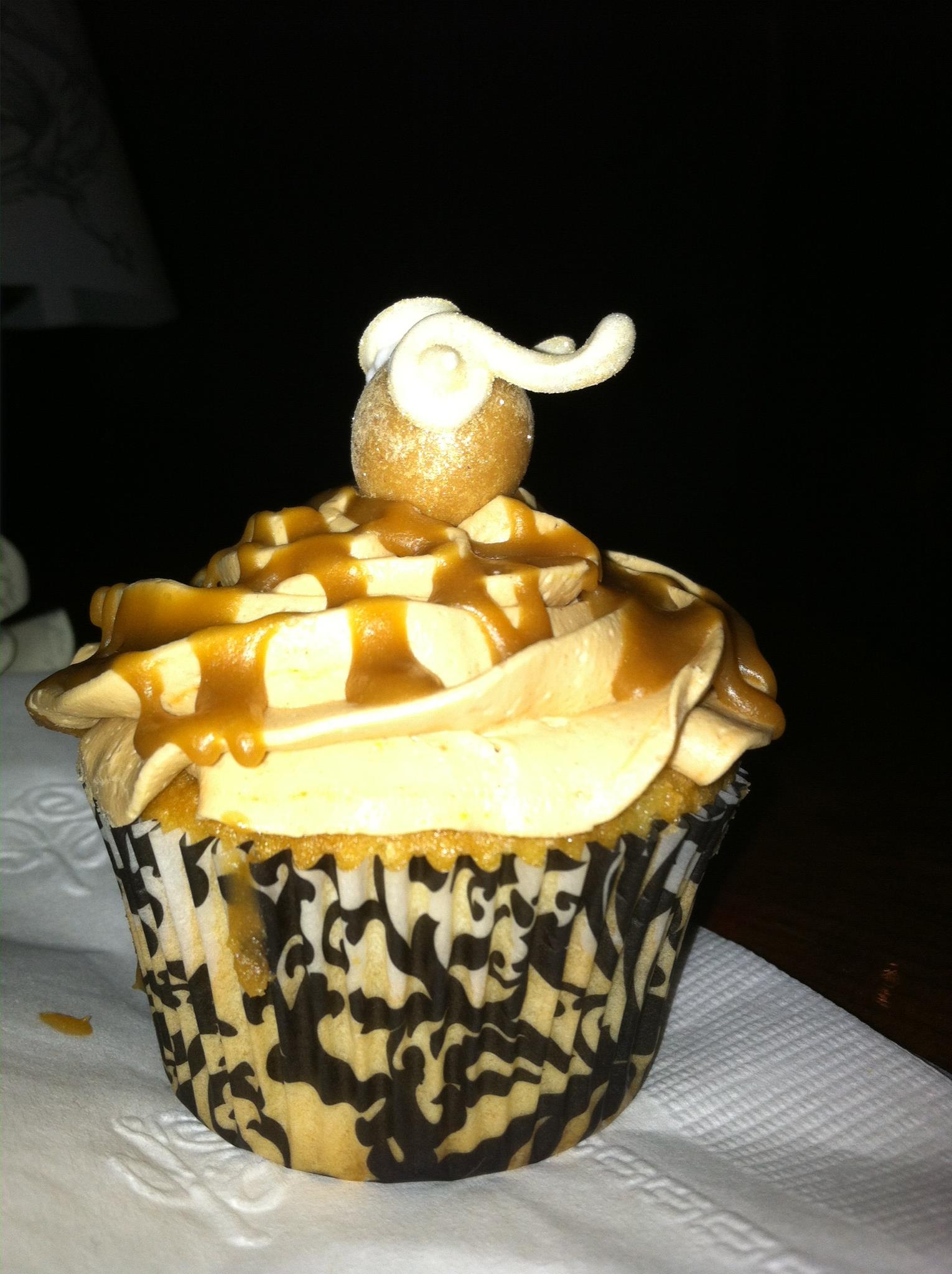 Golden Snitch Butterbeer Cupcakes For My Engagement Party   *Golden Snitch Butterbeer Cupcakes for my Engagement Party