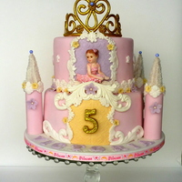 Princess Castle Cake Vanilla with chocolate drops cake, milk chocolate ganache, vanilla and strawberry IMBC. Decorations fondant and gumpaste.