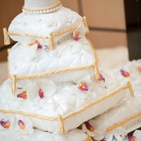 Pillow Wedding Cake Pillow wedding cake