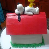 Snoopy Cake With Woodstock   *