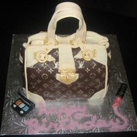 "Louis Vuitton Purse Louis Vuitton ""monogram etoile shopper"" birthday cake."