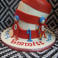 Cat In The Hat With Thing 1 And Thing 2 Vanilla cake w/ vanilla buttercream. Fondant and Gumpaste decorations.