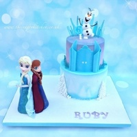 Frozen Castle, Elsa & Anna I had such funmaking this cake. The models are all made from a mixture of modelling chocolate and sugar-paste, with the ice being made from...