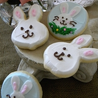 Easter Bunnies Butter cream Easter bunnies <3