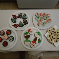 Gingerbread Man, Stockings And Christmas Tree Delicious red velvet and green velvet cake!