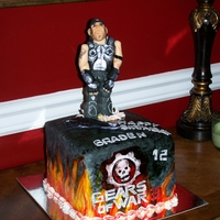 Gears Of War 3 Cake Well, I am not sure if this was a fail or a success for me. I wanted the guy holding his gun.. uh?? well that gun is at his feet. He looks...