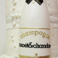 Moet Cake It was not an easy cake to make
