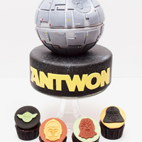 "I Still Am Not Sure What A Deathstar Is But I Hope My Client Thinks His Cake And Cupcakes Are Out Of This World I still am not sure what a ""Deathstar"" is, but I hope my client thinks his cake and cupcakes are out of this world!"