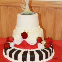1345931127.jpg my first wedding cake