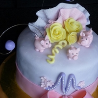 Three Little Pigs Birthday Cake the birthday girl loves pigs..