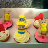 Theme Naruto And Valentine Cupcake