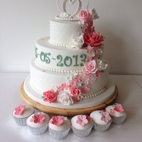 Pink Roses And Flowers Wedding Cake