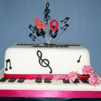 Musical Notes Cake   This cake was for a lady who loved music