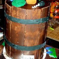 Winebarrel Cake Completely edible Wine Barrel Cake made for my uncles 80th birthday last year. It was my first attempt at this type of cake.