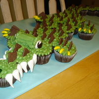 Crocodile Cupcake Cake Fun Crocodile Cupcake Cake frosted with homemade buttercream
