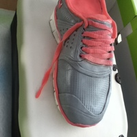 Nike Free 5.0 V4 shoe box and shoe all cake and covered and styled with fondant and modelling chocolate