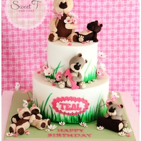 Teddy Bears Picnic  I was given a picture of a cake made by the amazing Alessandra Cake designer – Studio cake. My customer loved the design so much...