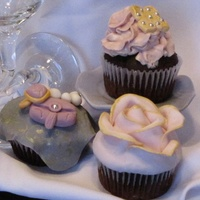 Bachelorette Party! Cupcakes by Sandra Spataro