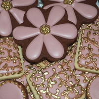 Pink And Gold Daisies And Filigree Cookies