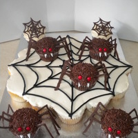 Spider Web And Spider Cupcakes   Spider-web and spider cupcakes!!!