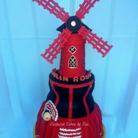 Moulin Rouge Cake !