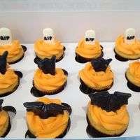 Halloween Cupcakes Lemon cake with Orange flavored buttercream