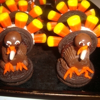 Oreo Turkeys oreos,whoppers,candy corn,reeses peanut butter cups and frosting made these cute lil turkeys.