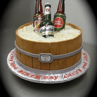 Sugar Beer Bottle Cake This cake was quite the learning experience....but a lot of fun to make! Thank you to all fellow CC sugar artists for inspiration. Labels...