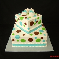 Square Cake With Polka Dots Gumpaste baby booties
