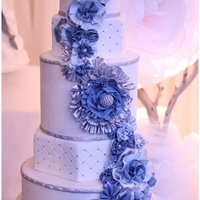 French Dream   Sugar ruffles and gumpaste fabric flowers. Photo Credit: http://www.myweddingthing.com