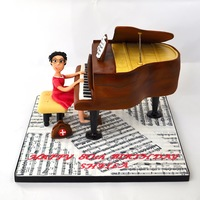 Grand Piano Cake Grand piano cake was made for a lady doctor who's passion in life was the grand piano.